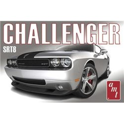 08 Dodge Challenger SRT8 (Model Kit)