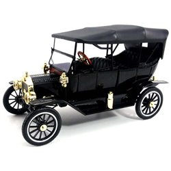 1915 Ford Model T Soft Top Touring Car (Black)