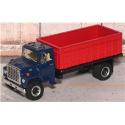 Ford LN-9000 Single Axle Grain Truck with Tilting Bed (Blue/Red)